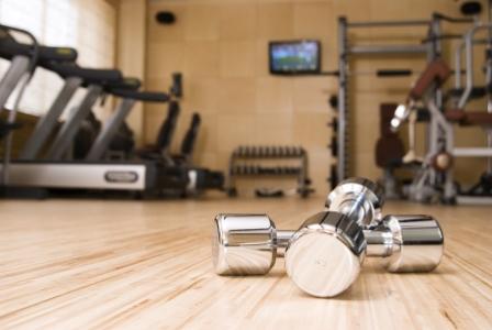 Träningsredskap på gym